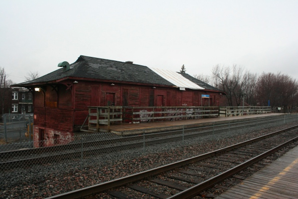 LaSalle train station building