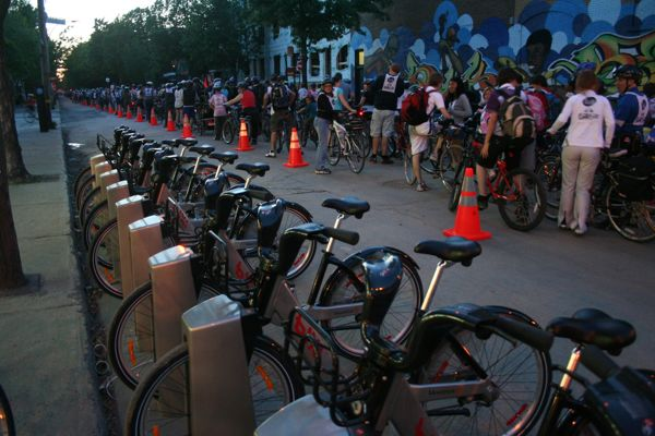 The Bixi stand was almost full. The Tour extended into Ahuntsic and St. Michel, where stands aren't available.