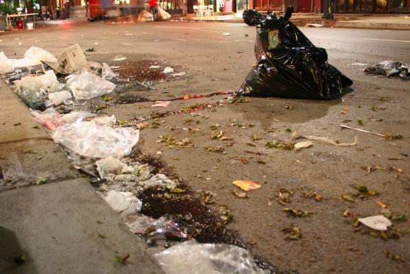 St. Laurent garbage