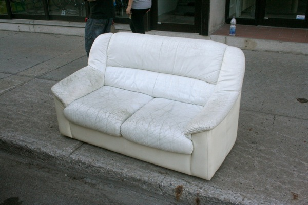 Sofa Up Done Rite Junk How To Choose The Right Furniture